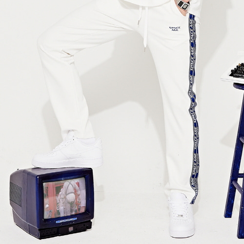 [스페이스에이지]SPACE AGE SIDE TAPE PANTS (WHT)