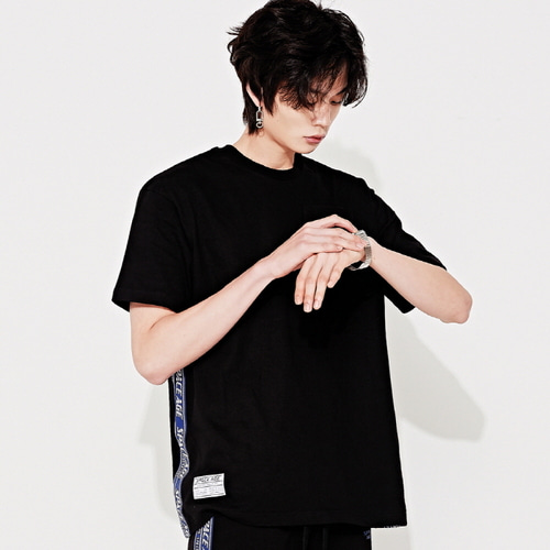 [스페이스에이지]SPACE AGE SIDE TAPE POCKET T-SHIRTS (BLK)