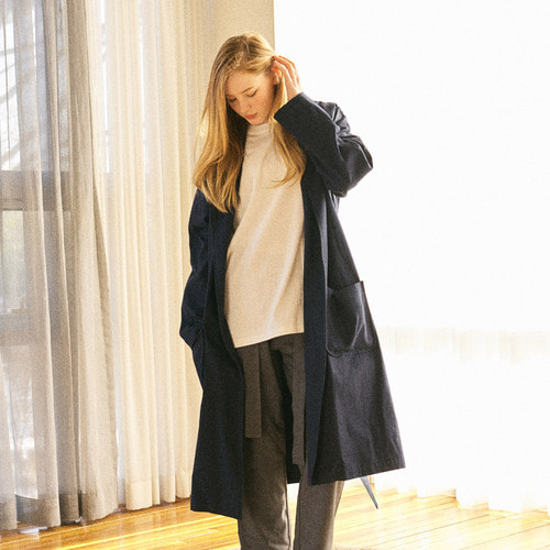 [프레리]PRAY EMBROIDERY LONG ROBE COAT(Navy)