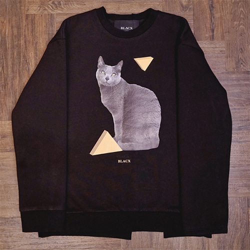 [블락스 요하닉스]LONELY CAT BACK CUTTING SWEAT SHIRT