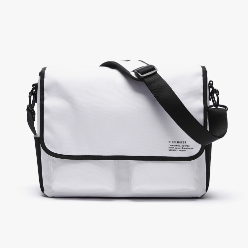 [피스메이커]SSC MAIL MESSENGER BAG (BLACK WHITE)