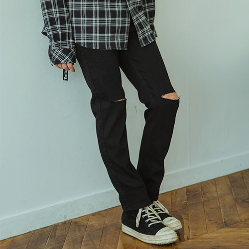 [A.Clown(에이클라운)Knee-Cutting BLACK Denim Pants