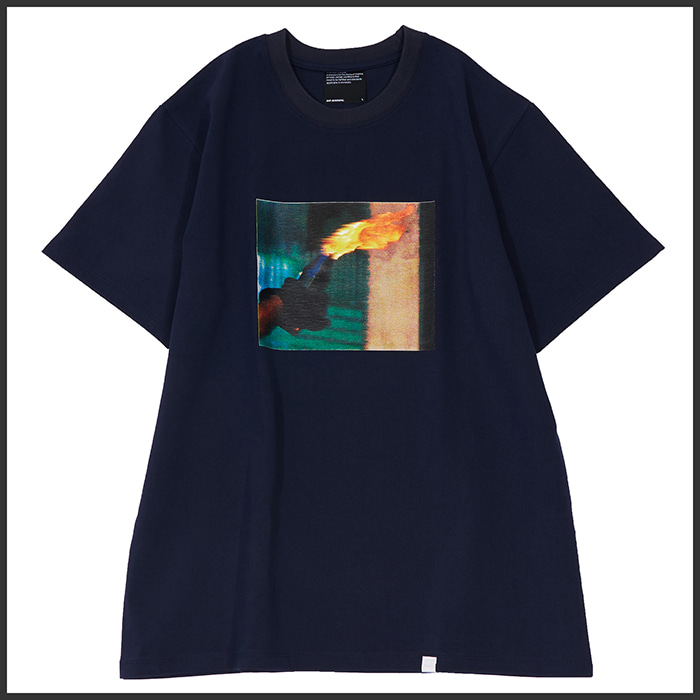 [노매뉴얼]MOLOTOV COCKTAIL T-SHIRT - NAVY