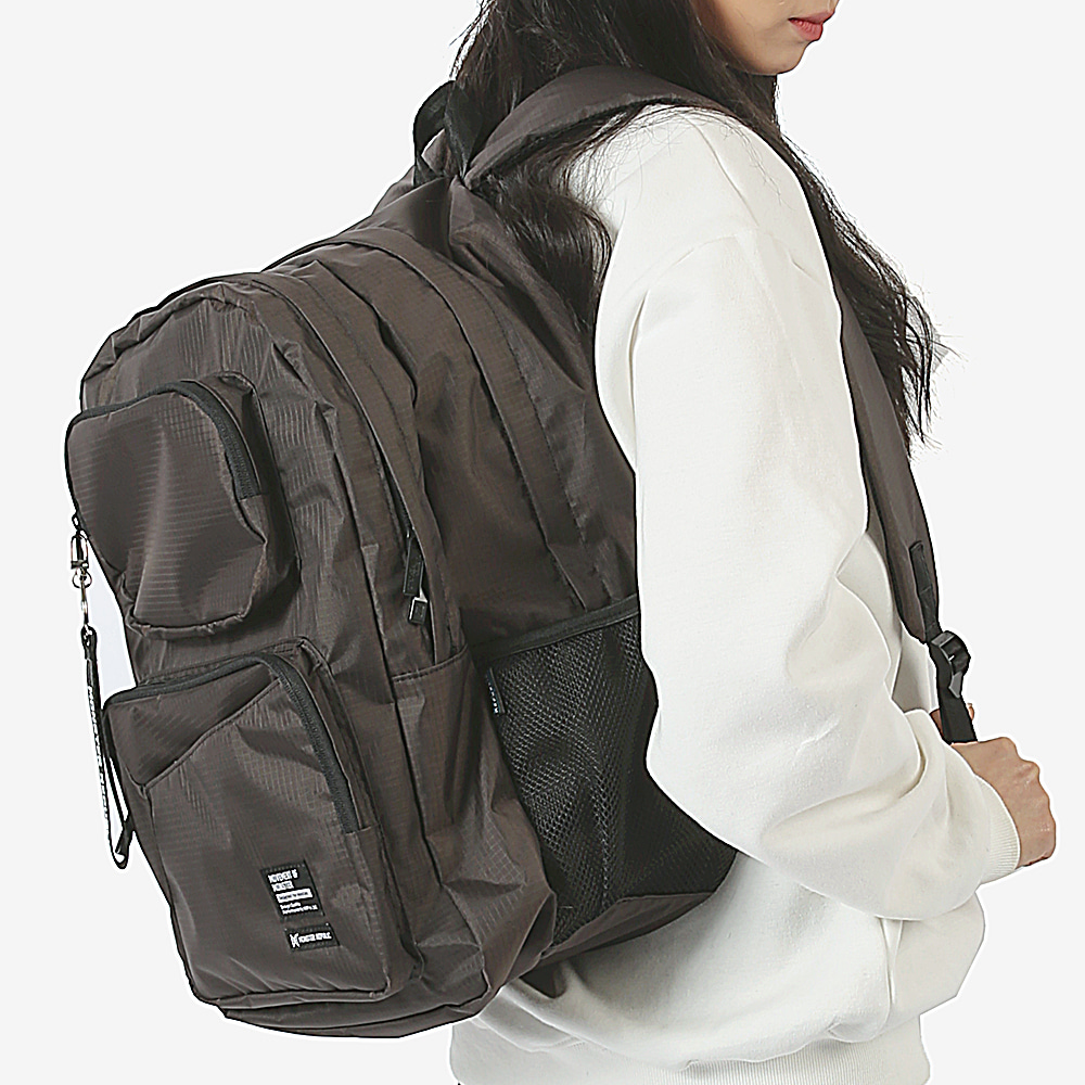 [몬스터 리퍼블릭] COMMA GRAM DAYPACK / BROWN