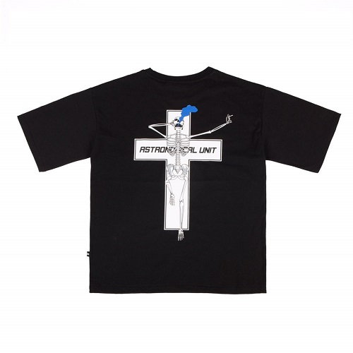 [0.387AU] Skeleton-Cross Black T-shirt [M size 5월14일 발송]