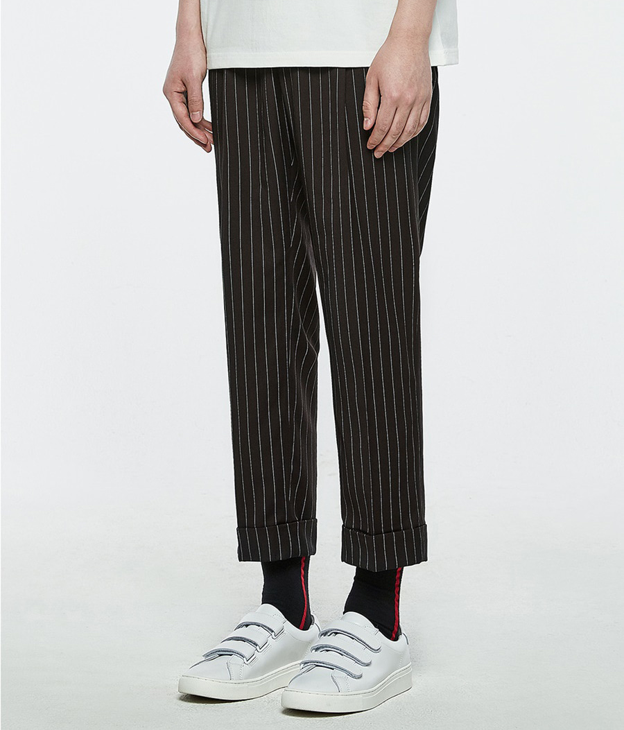 [오엑스스튜디오]Relaxed Trousers (Stripe)