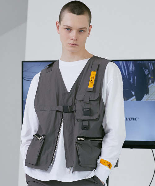 [이브이디엔씨]TECHNICAL UTILITY VEST (GRAY)