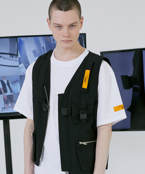 [이브이디엔씨]TECHNICAL UTILITY VEST (BLACK) -품절