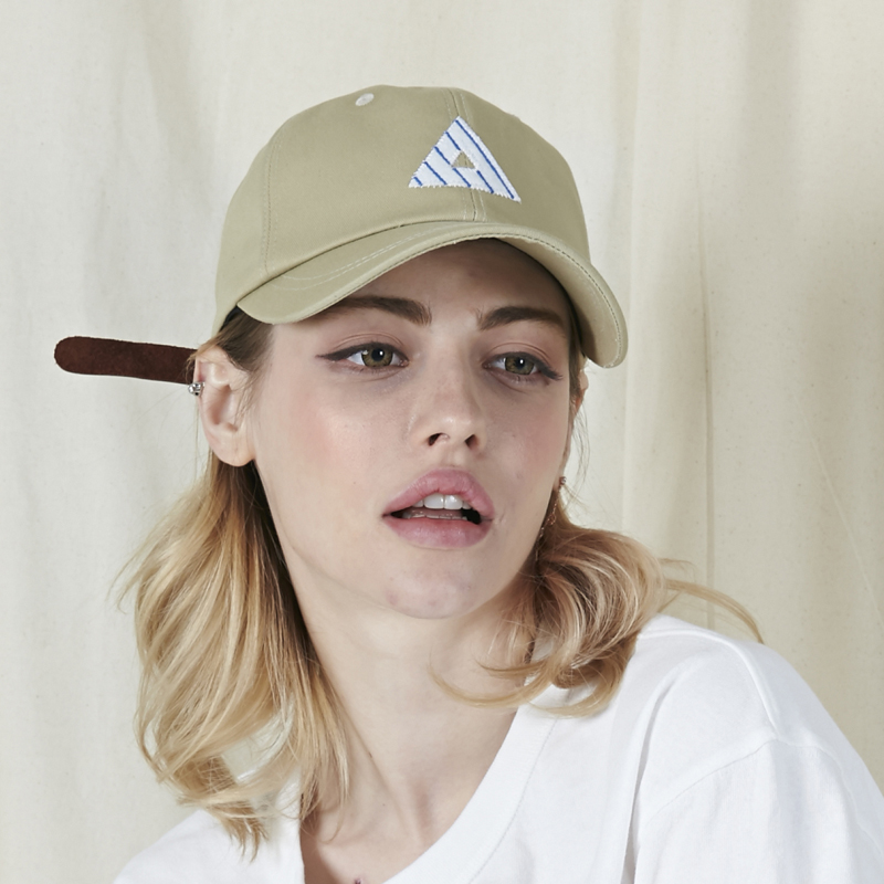 [바잘] A applique ballcap beige