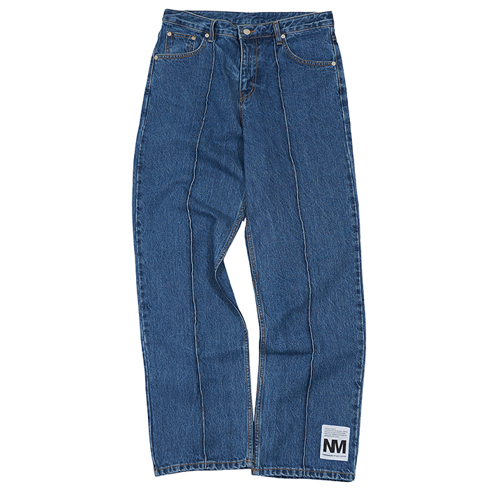 [노매뉴얼]EMBROIDERED PIN TUCK DENIM PANTS - INDIGO