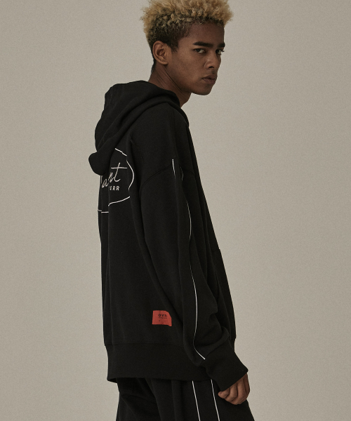 [오베르]18FW CIRCLE BS BLACK PIPING HOODIE