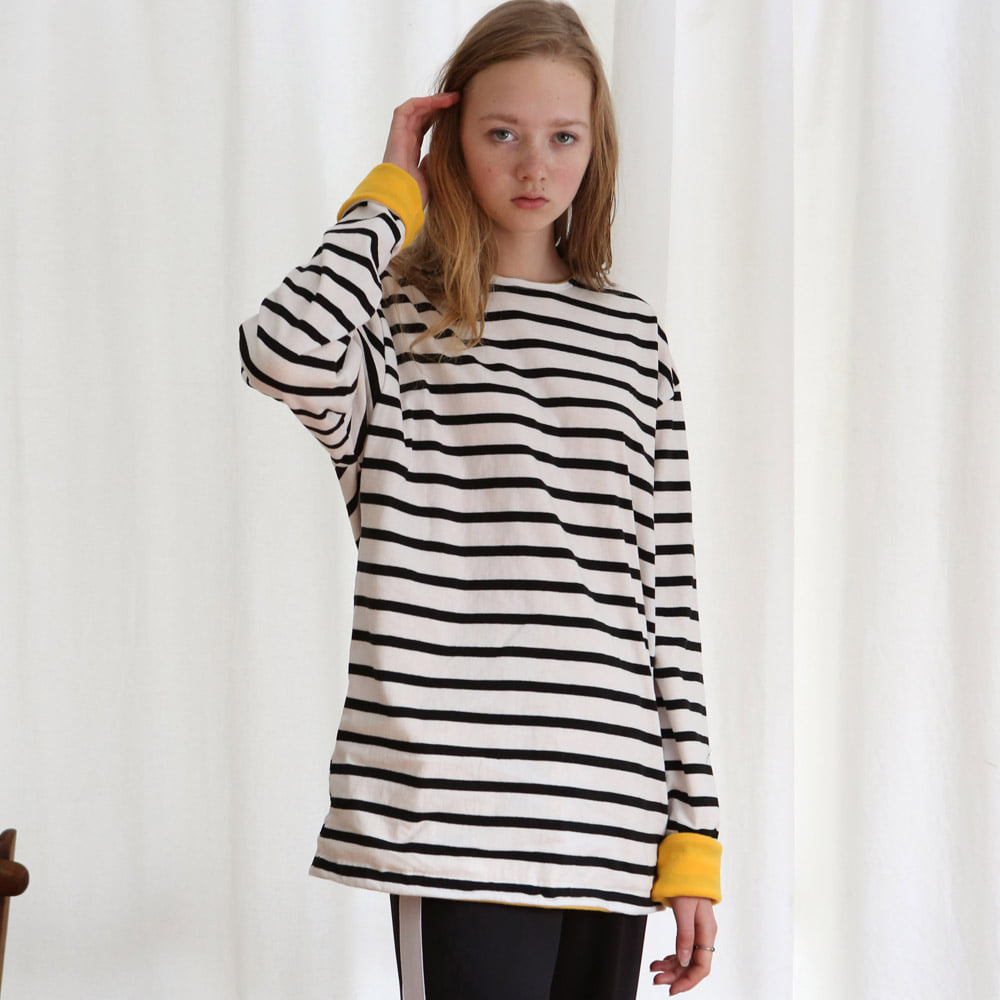 [언아웃핏] UNISEX FLEECE STRIPE T-SHIRTS BLACK