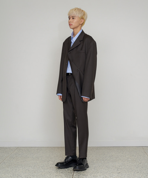 [에스티유] Straight pin tuck slacks brown