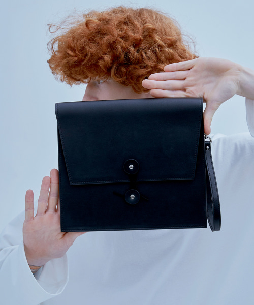 [에드] ENVELOPE CLUTCH BAG BLACK