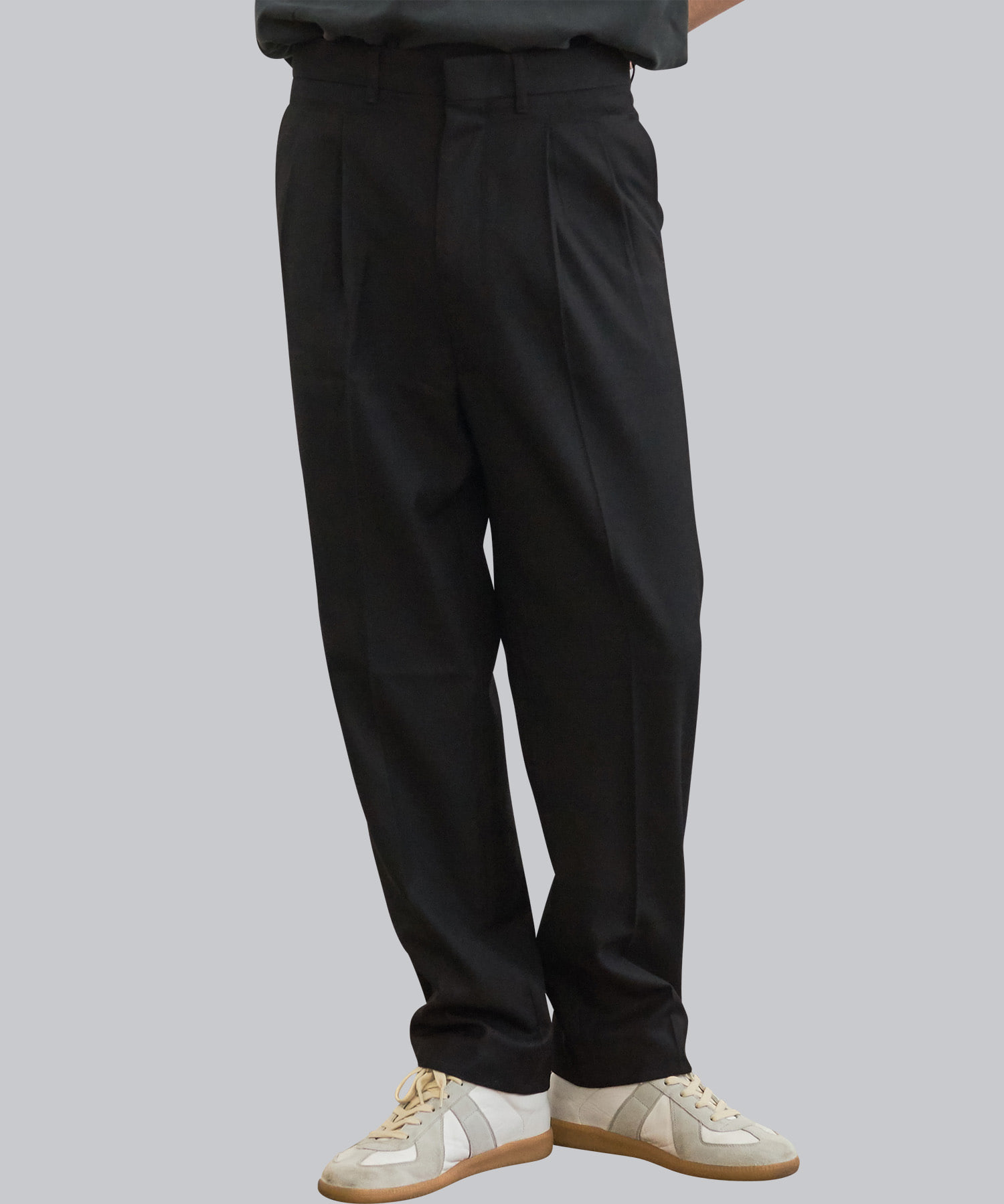 [우네리] Highwaist Pleats Slacks _ black