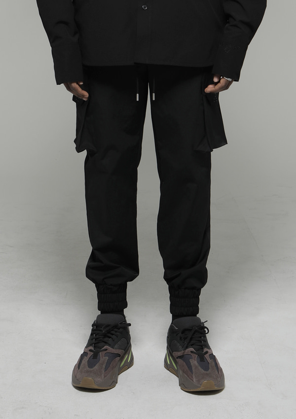 [드네이지] Signature Cargo Jogger Pants Black