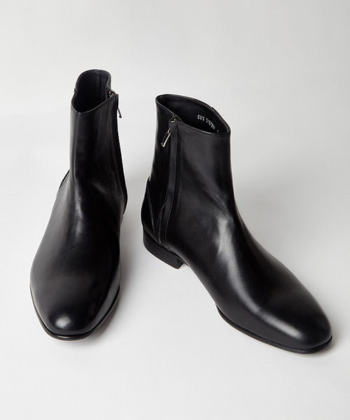 [픽하우스] REPLICA ANKLE BOOTS BLACK