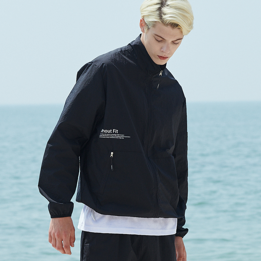 [언아웃핏]UNISEX MONO WINDBREAKER JACKET BLACK