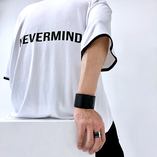 [4BLESS] Nevermind High Neck Over T-shirts White