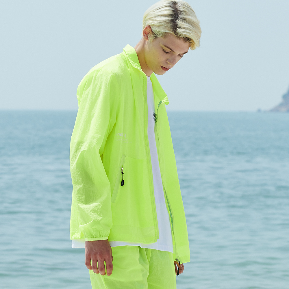 [언아웃핏]UNISEX MONO WINDBREAKER JACKET YELLOW GREEN