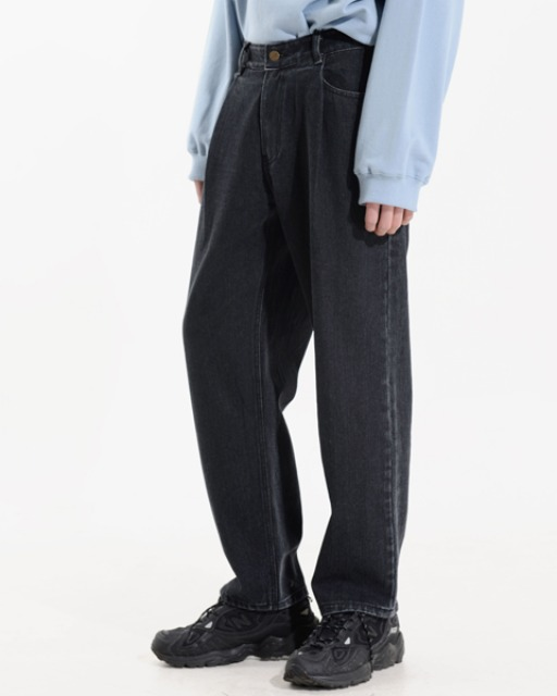 [피스메이커] TUCK LOOSE TAPERED JEAN (BLACK)