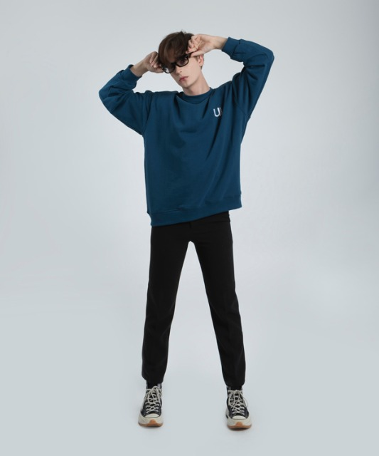 [우니베르소]U LOGO COTTON CREWNECK-BLUE