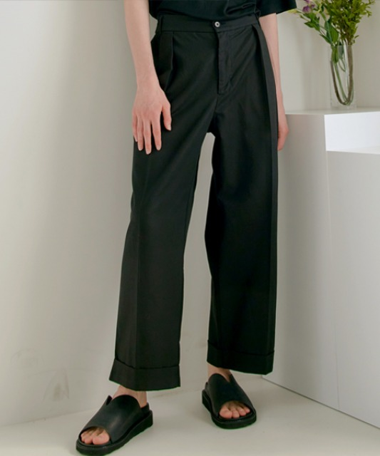 [노운]wide cuffed pants (black)
