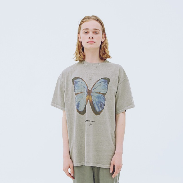 [어패럴싯] UNISEX BUTTER FLY T-SHIRTS BEIGE