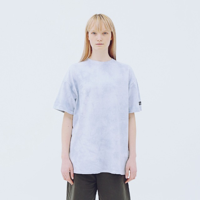 [어패럴싯] UNISEX SIGNAUTRE WASHING T-SHIRTS SKY BLUE