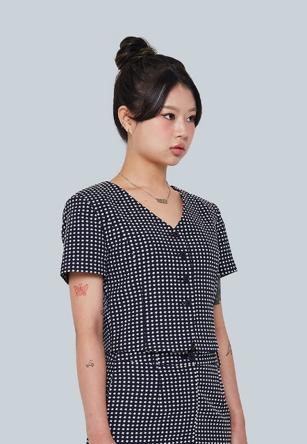 [이우가마카라스] Cross Dot Pattern Blouse Jacket (navy)