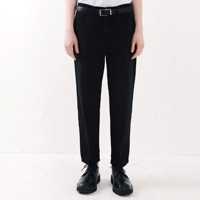 [피스메이커] ORDINARY STRAIGHT CROP JEAN (BLACK)