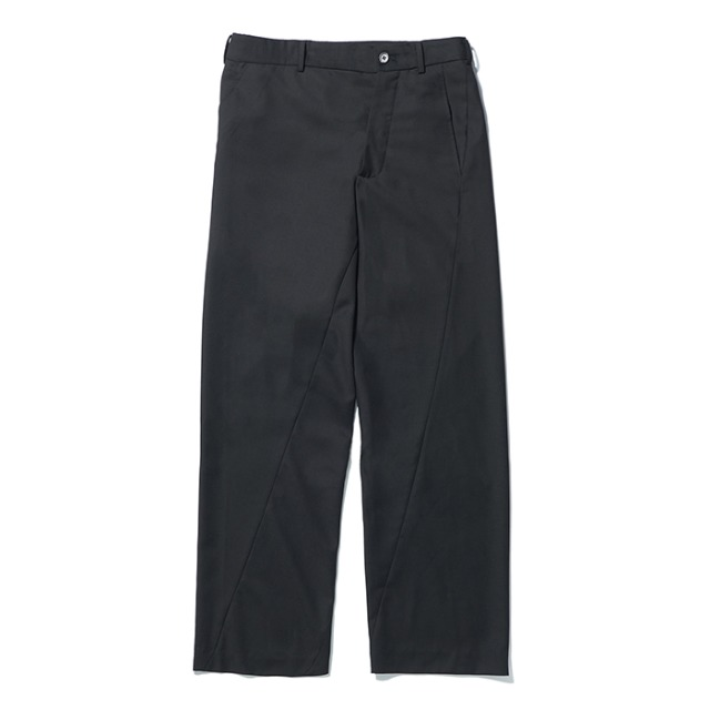 [노매뉴얼] ASYMMETRIC PANTS - BLACK