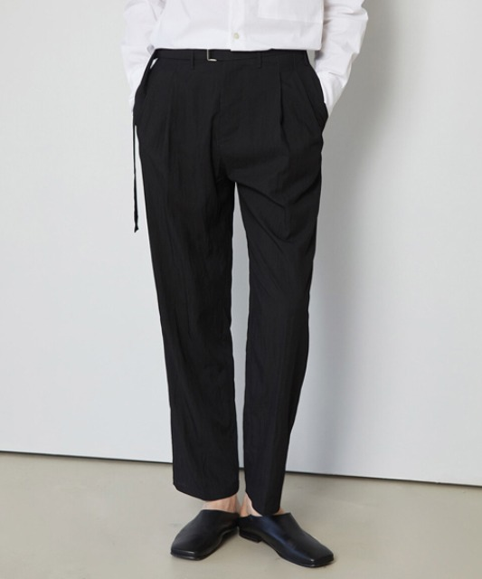 5.10 배송 [밈더워드로브] CRINKLE Belted 2Pleats Pants_Black