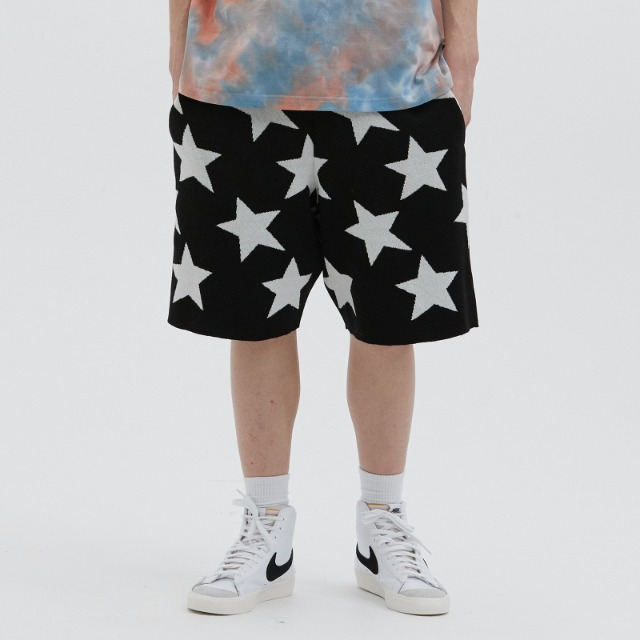 [위캔더스] KNITTED STAR SHORT (BLACK)